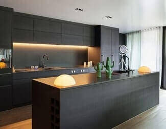 black kitchen trends