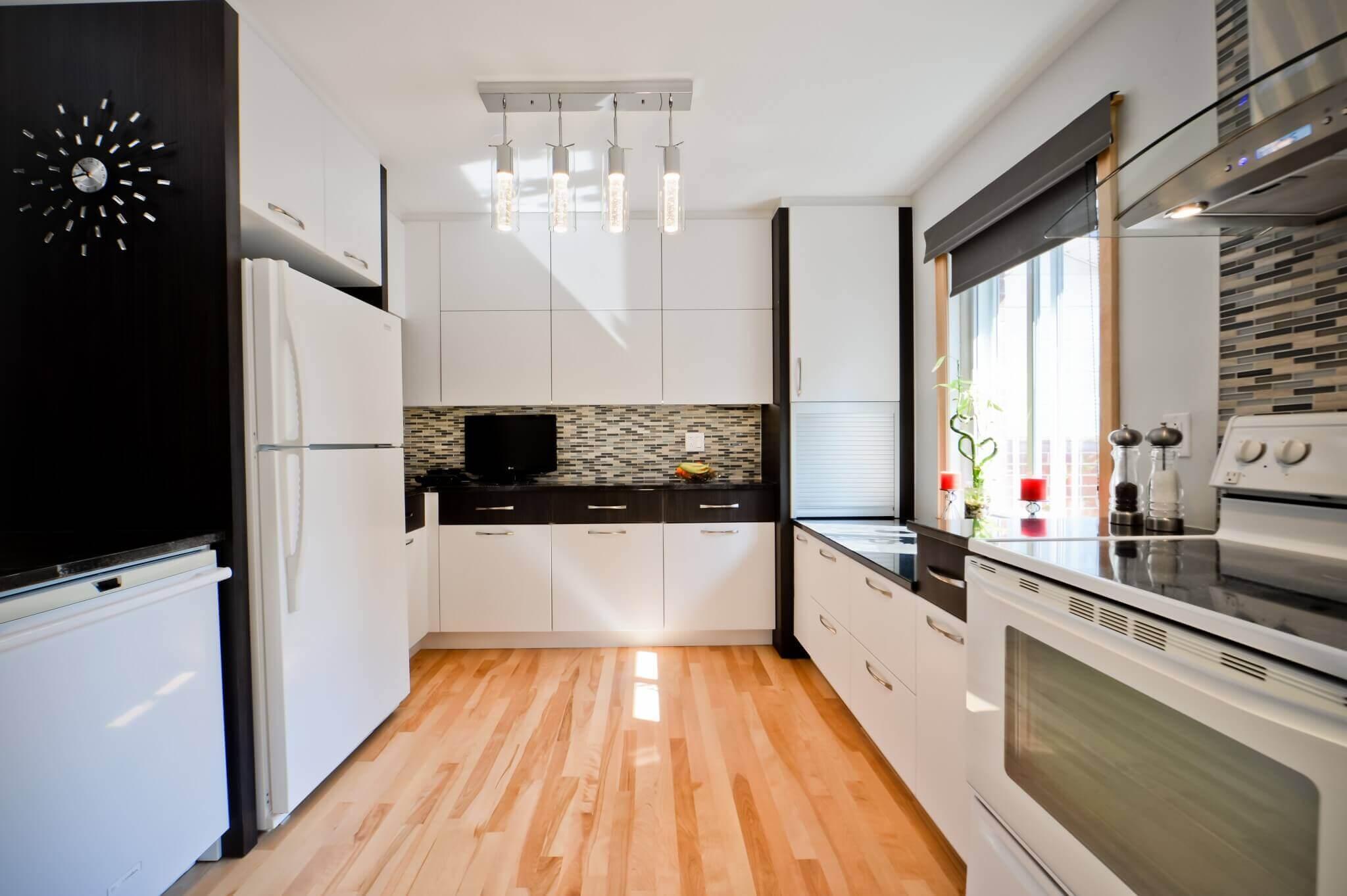 plancher de bois franc cuisine