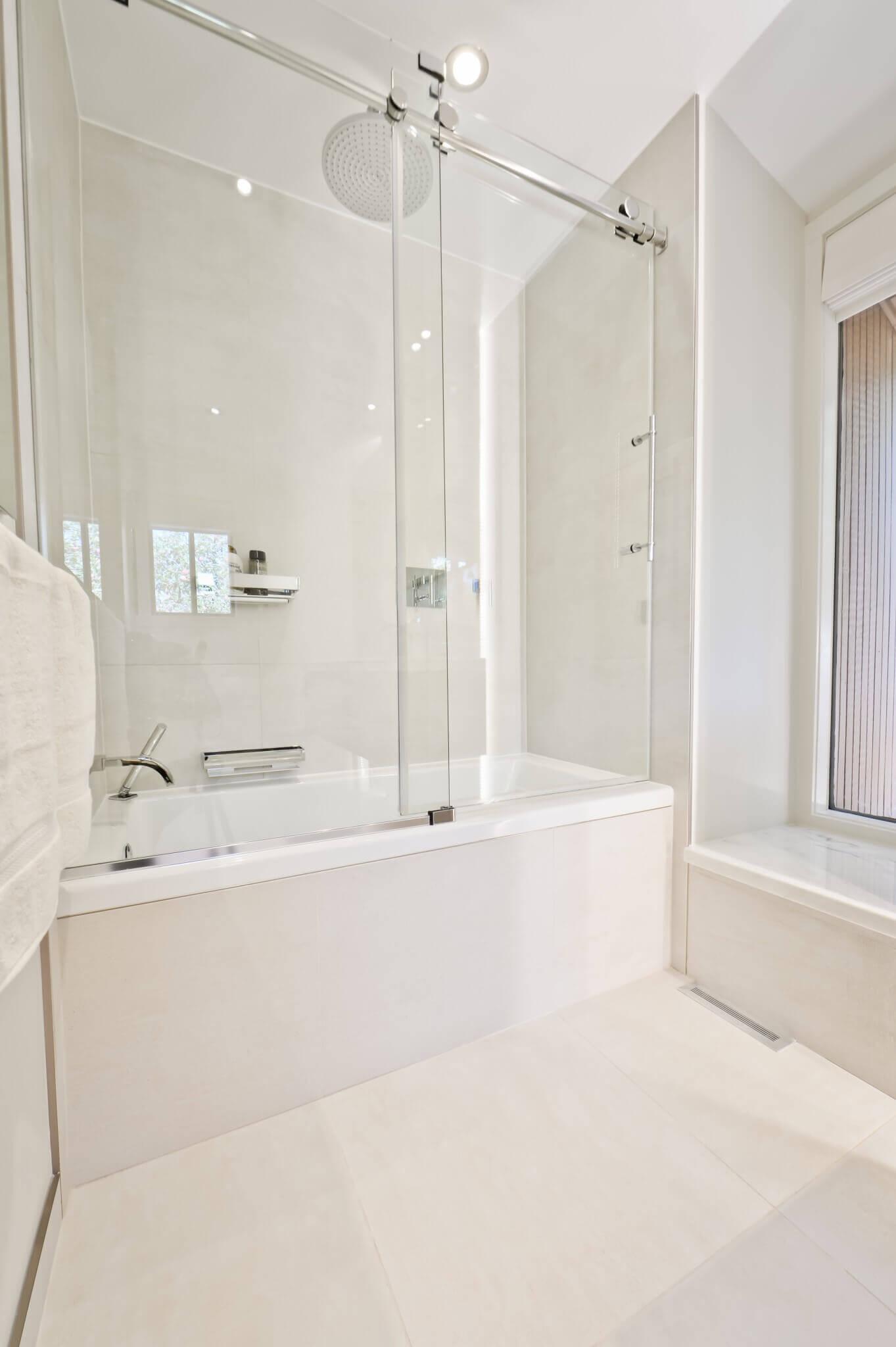bain douche vitre