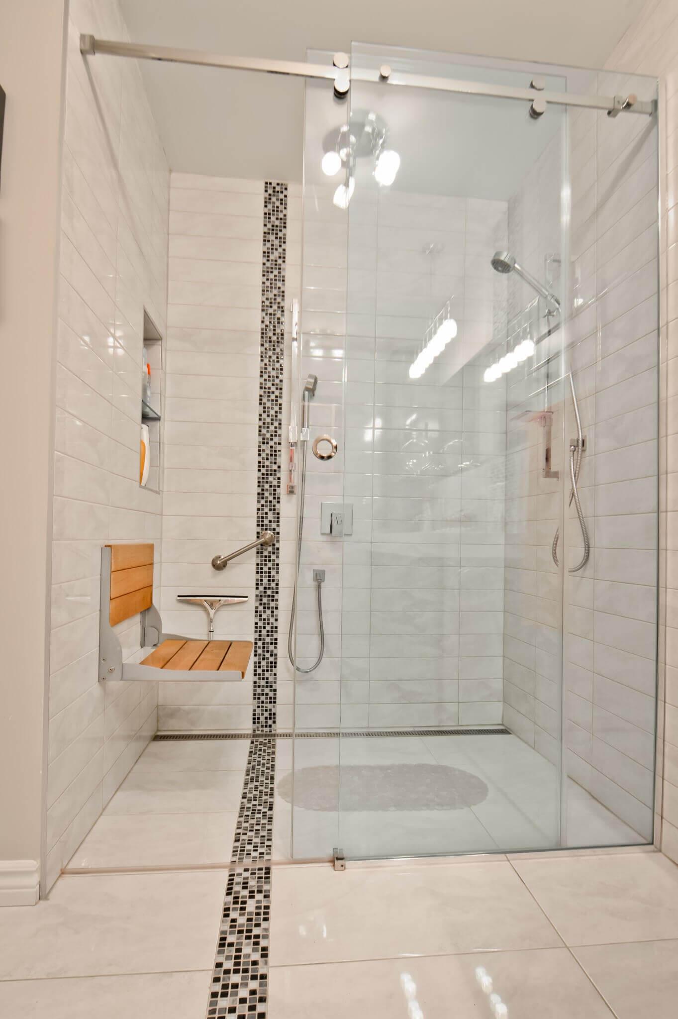 douche salle de bain pale