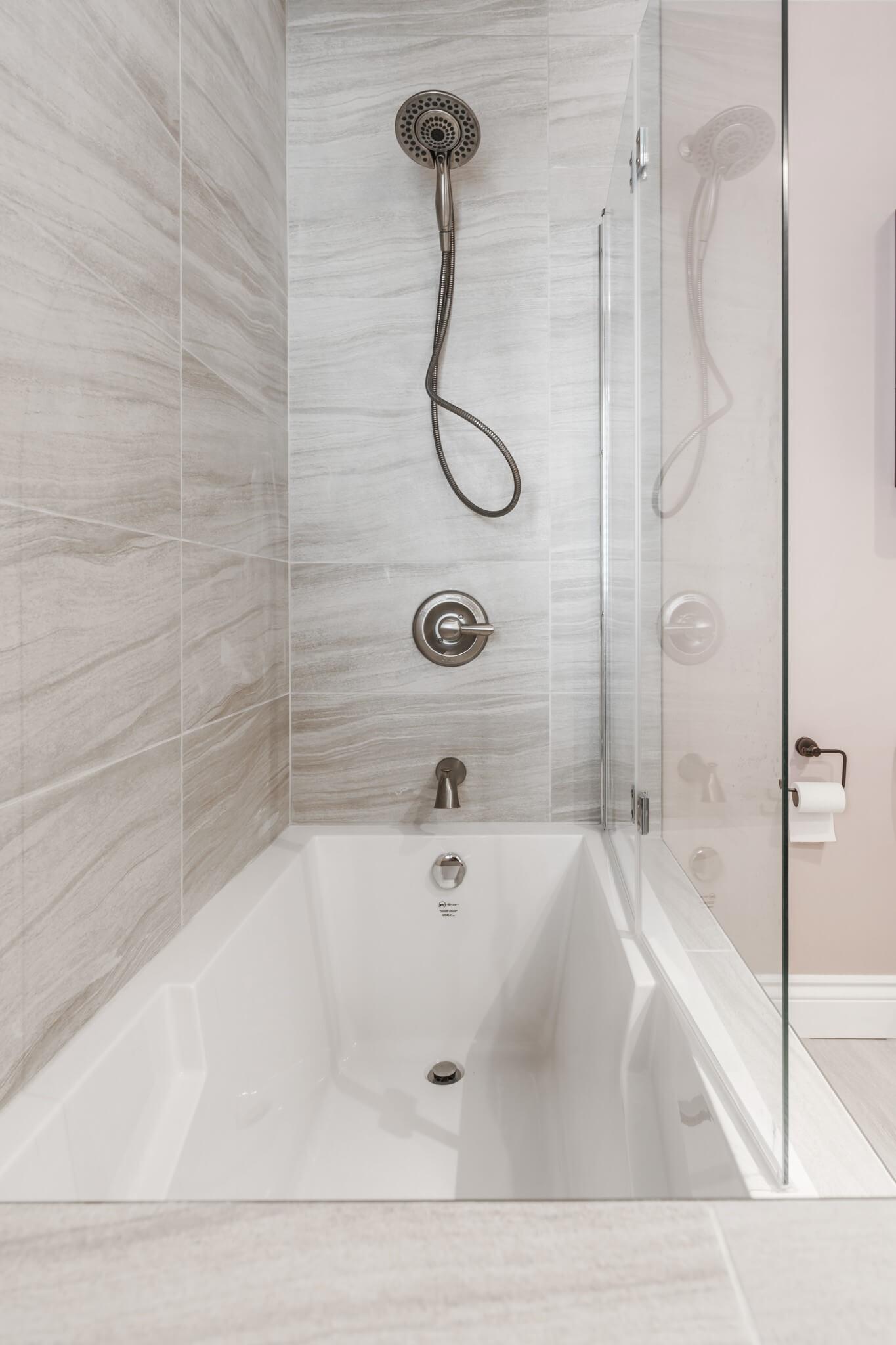 douche de salle de bain classique