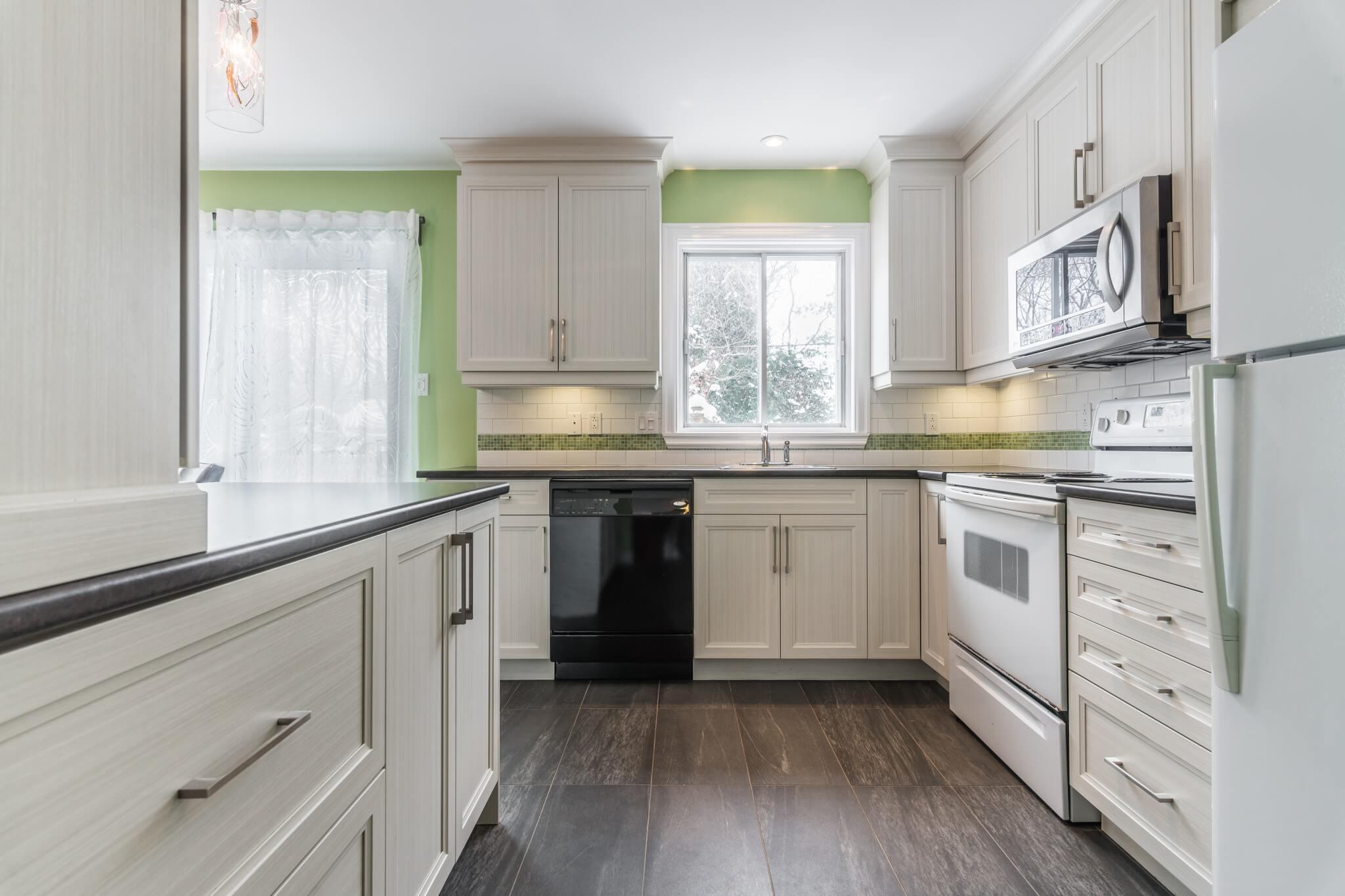 comptoirs et armoires de cuisine renove