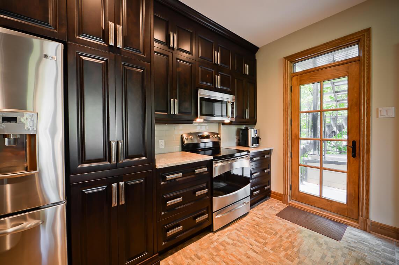 grandes armoires de cuisine
