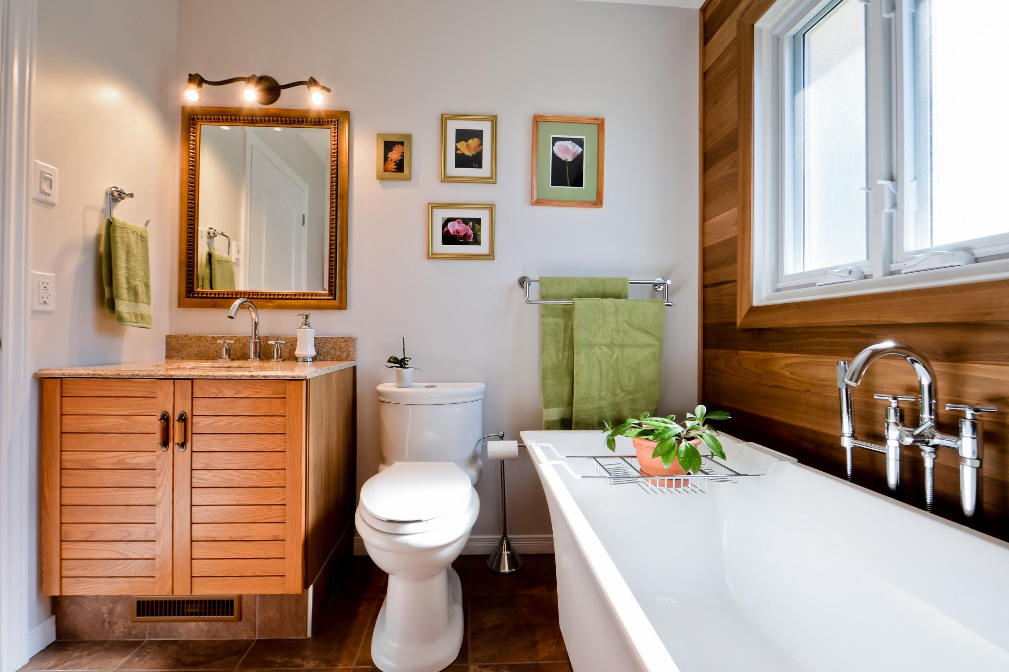 bois dans salle de bain
