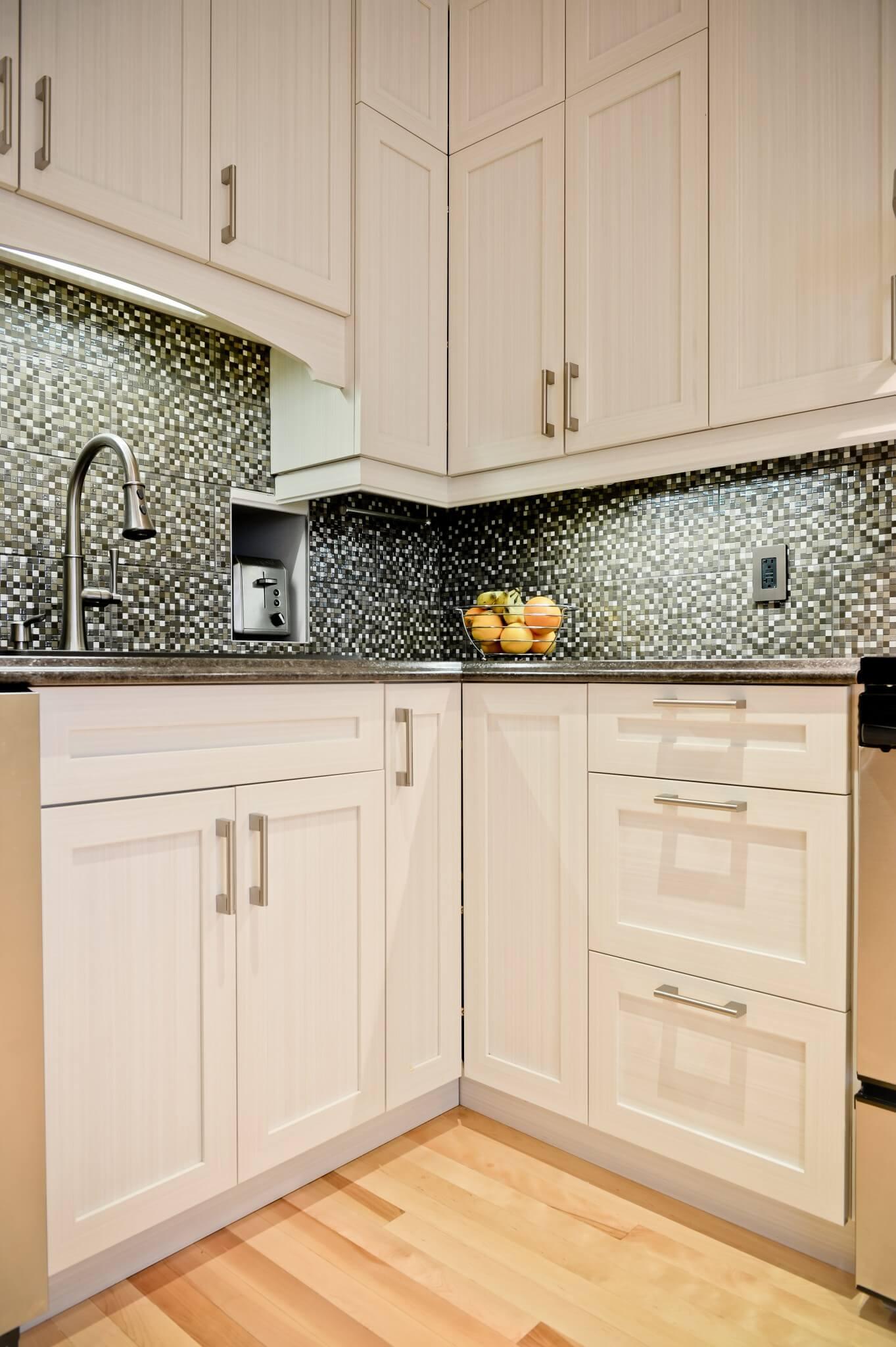 armoires de cuisine blanches