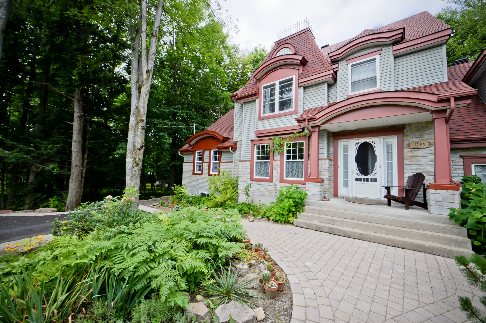 Home Addition Laferrière Project Intergenerational Home Addition Exterior cladding Rustic