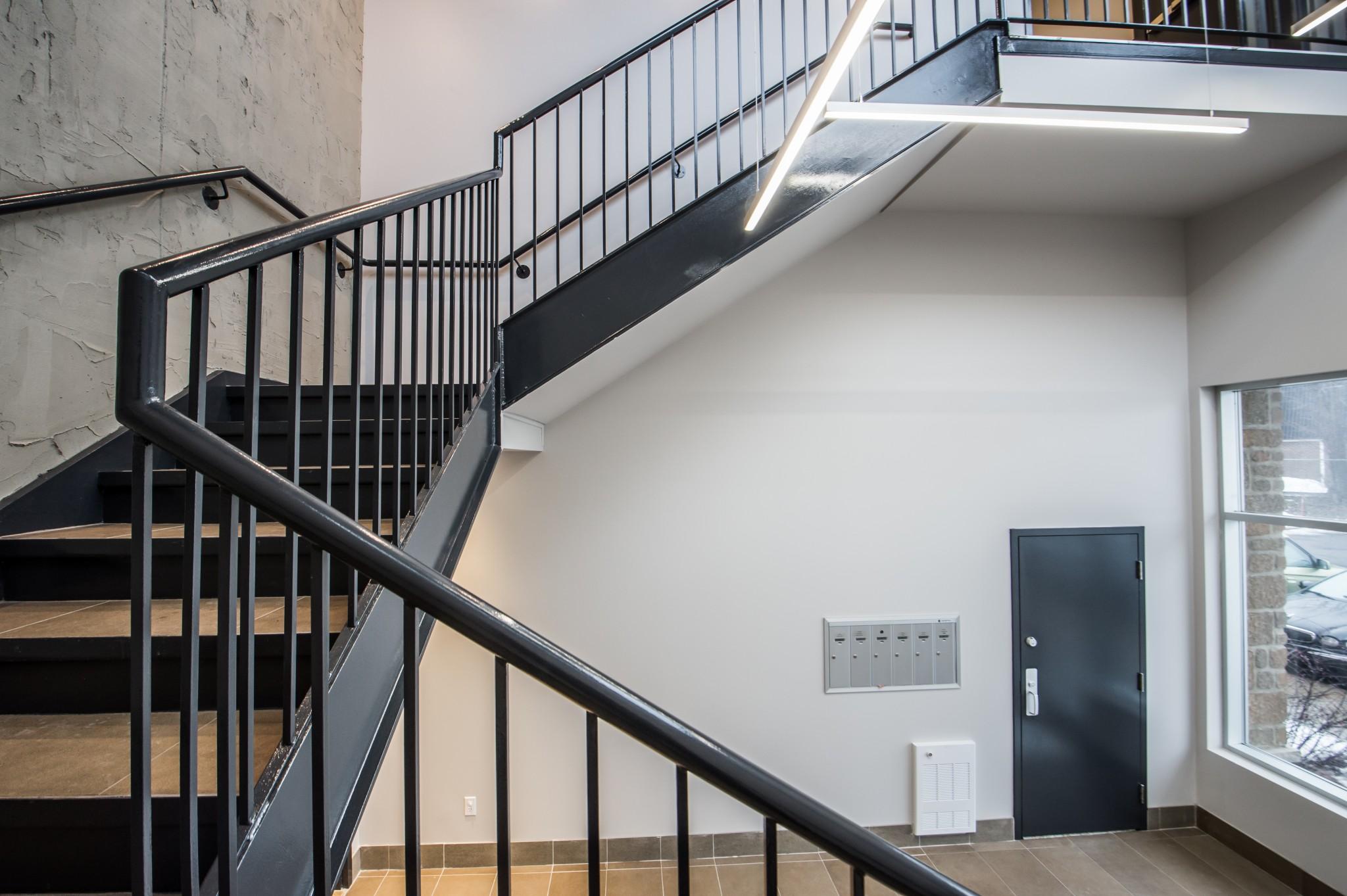 entrepreneur cage d'escaliers