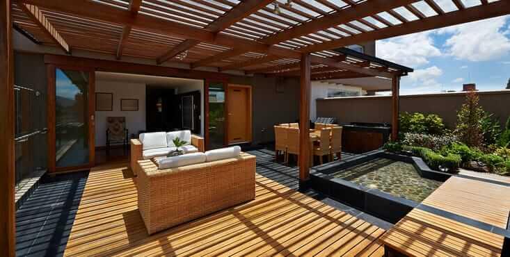 Balcon de bois