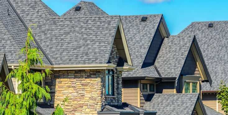 Roofer shingle roof