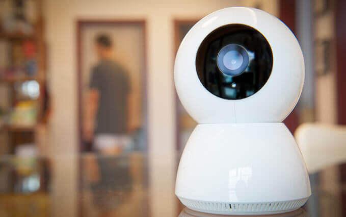 Caméra de surveillance IP dans une maison