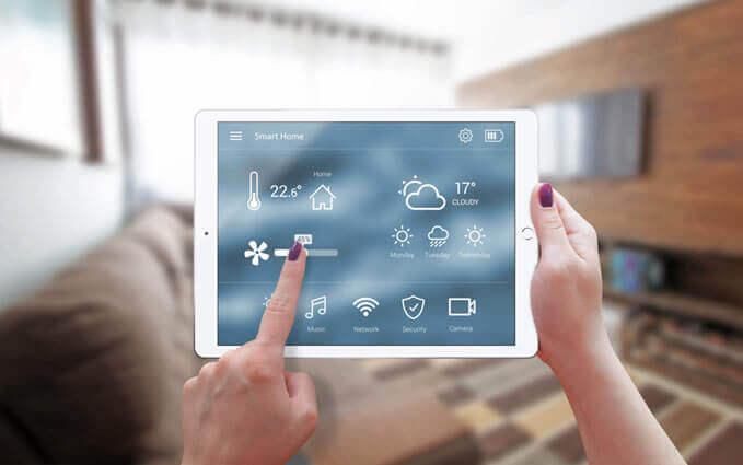 iPad avec application de contrôle de maison intelligente