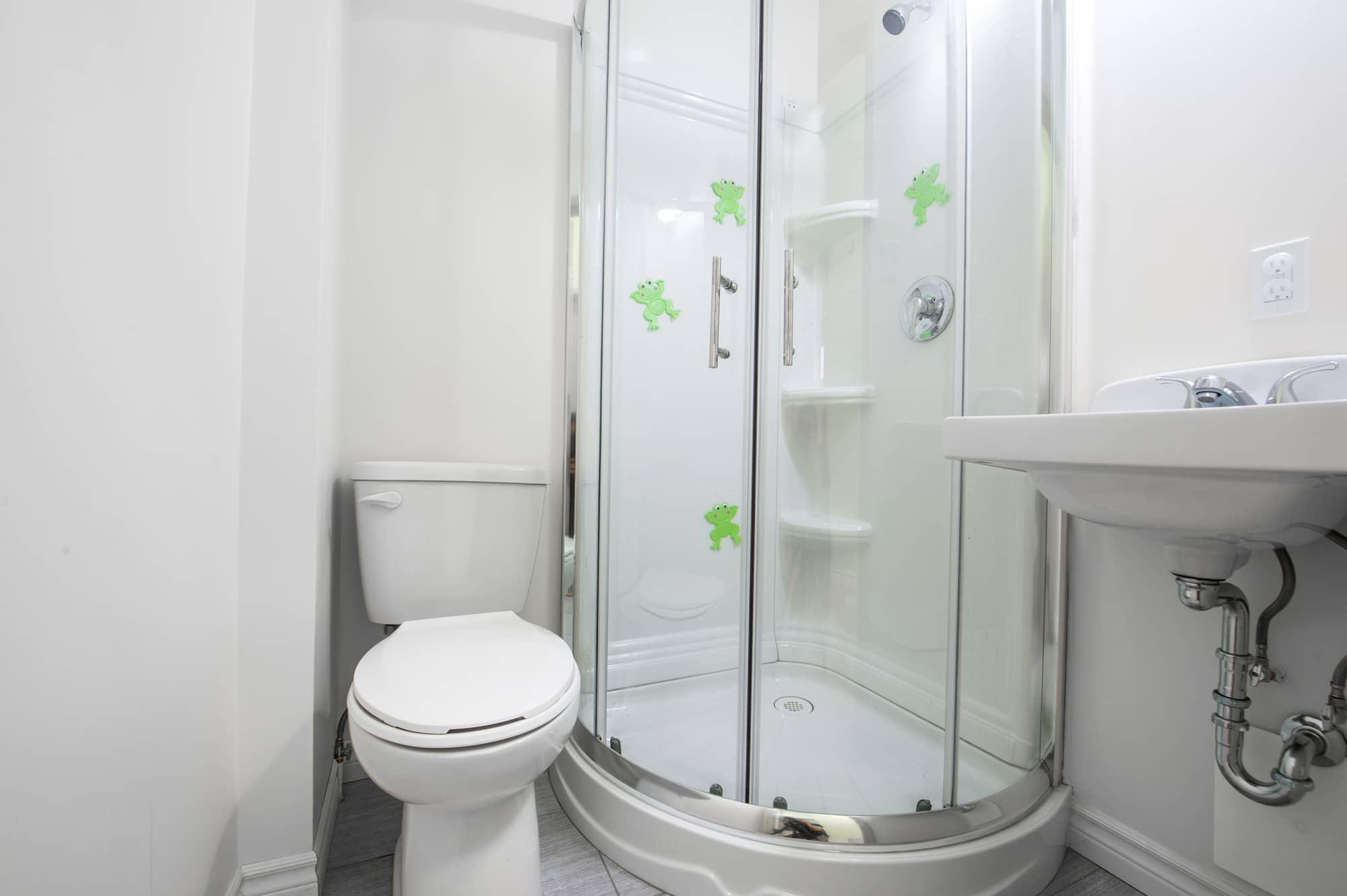 salle de bain garderie