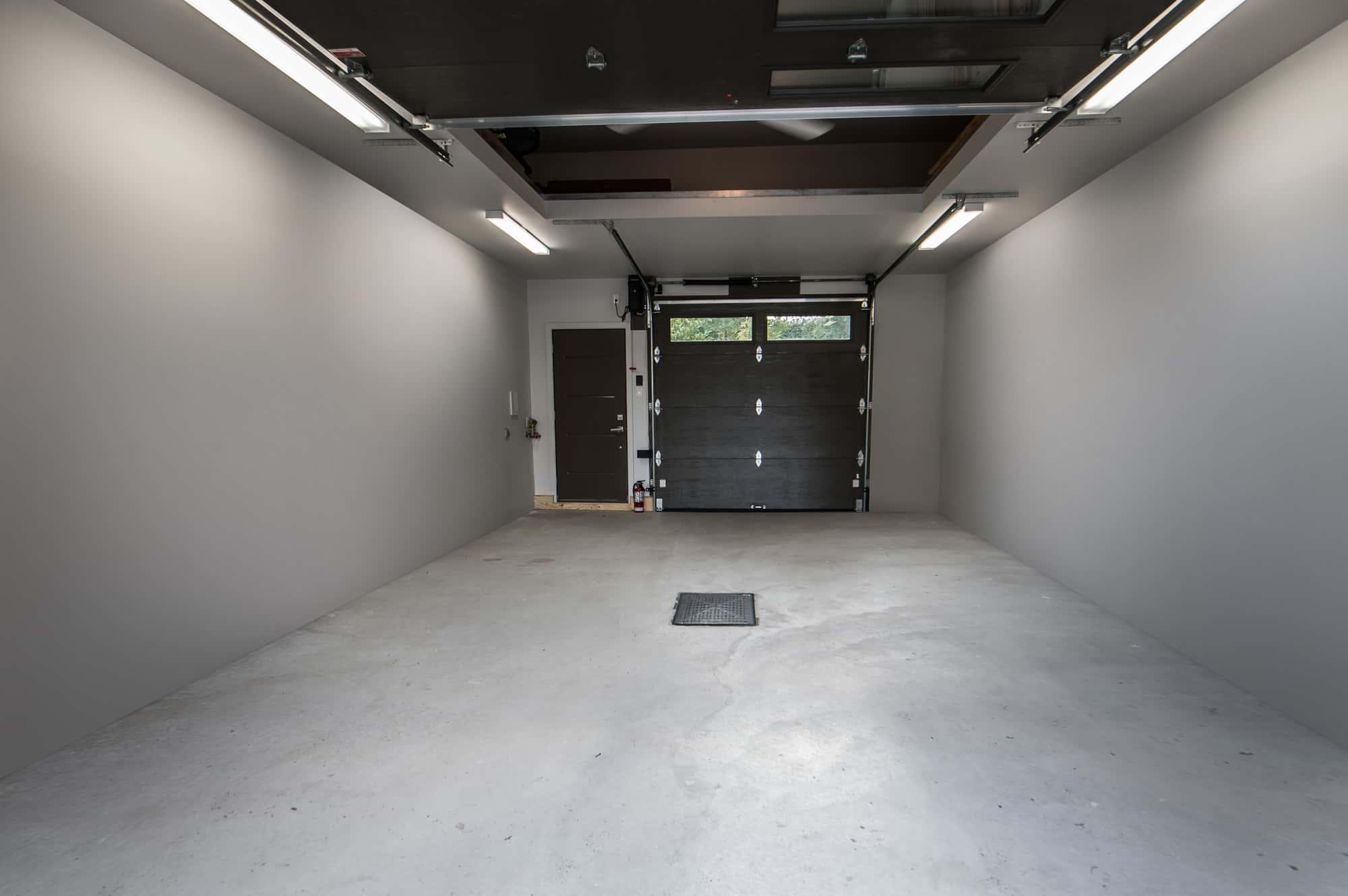 intérieur construction de garage