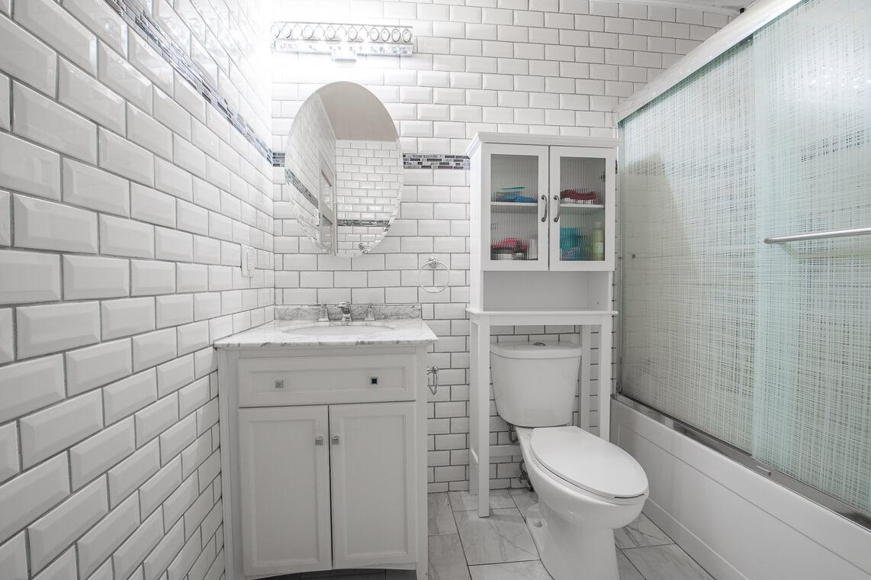 ceramic tiles on walls