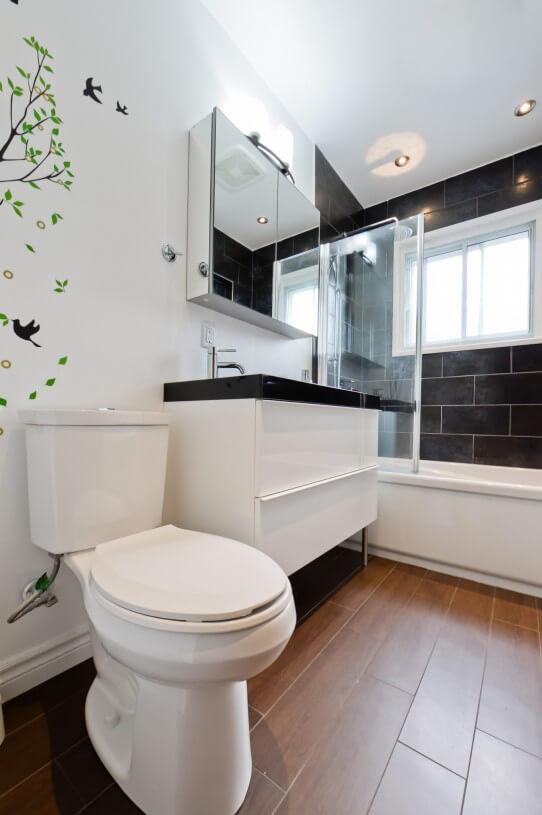 white bathroom white black wall