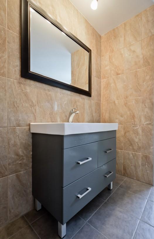 bathroom contemporary vanity