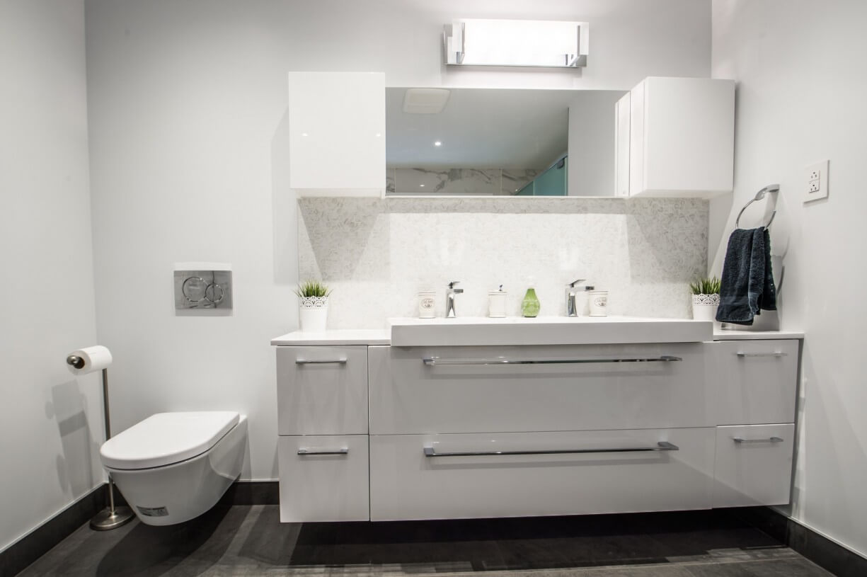 bathroom custom made vanity