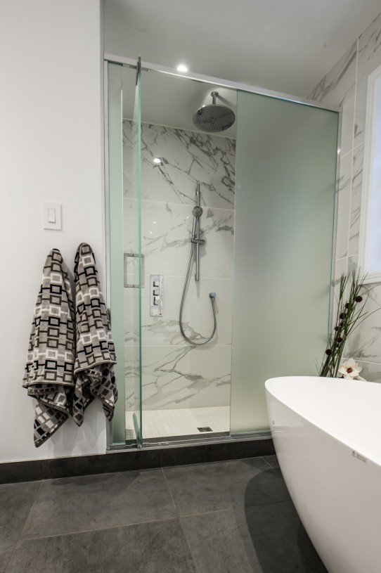 beautiful bathroom shower
