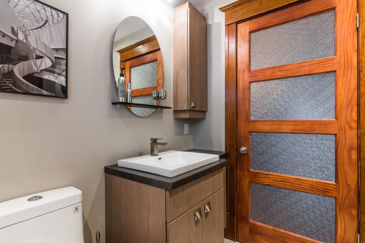 little bathroom renovation