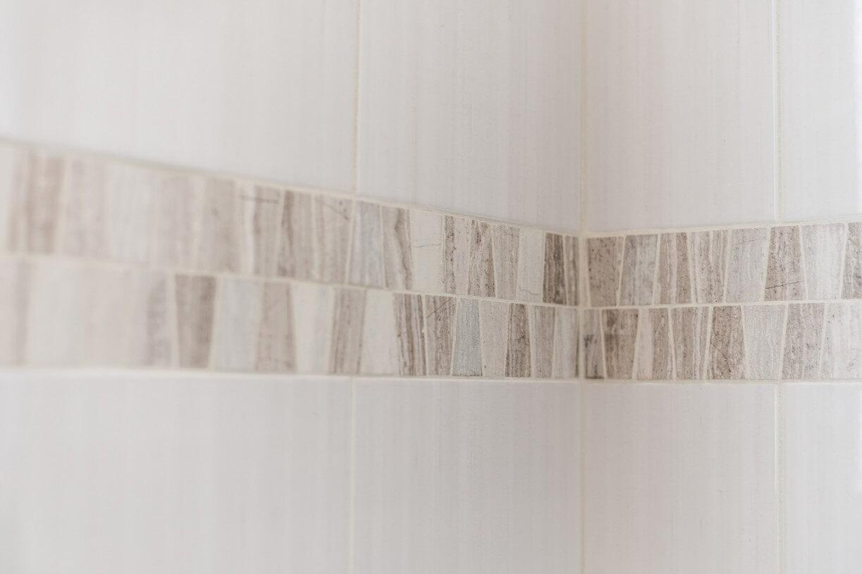 bathroom wall ceramic