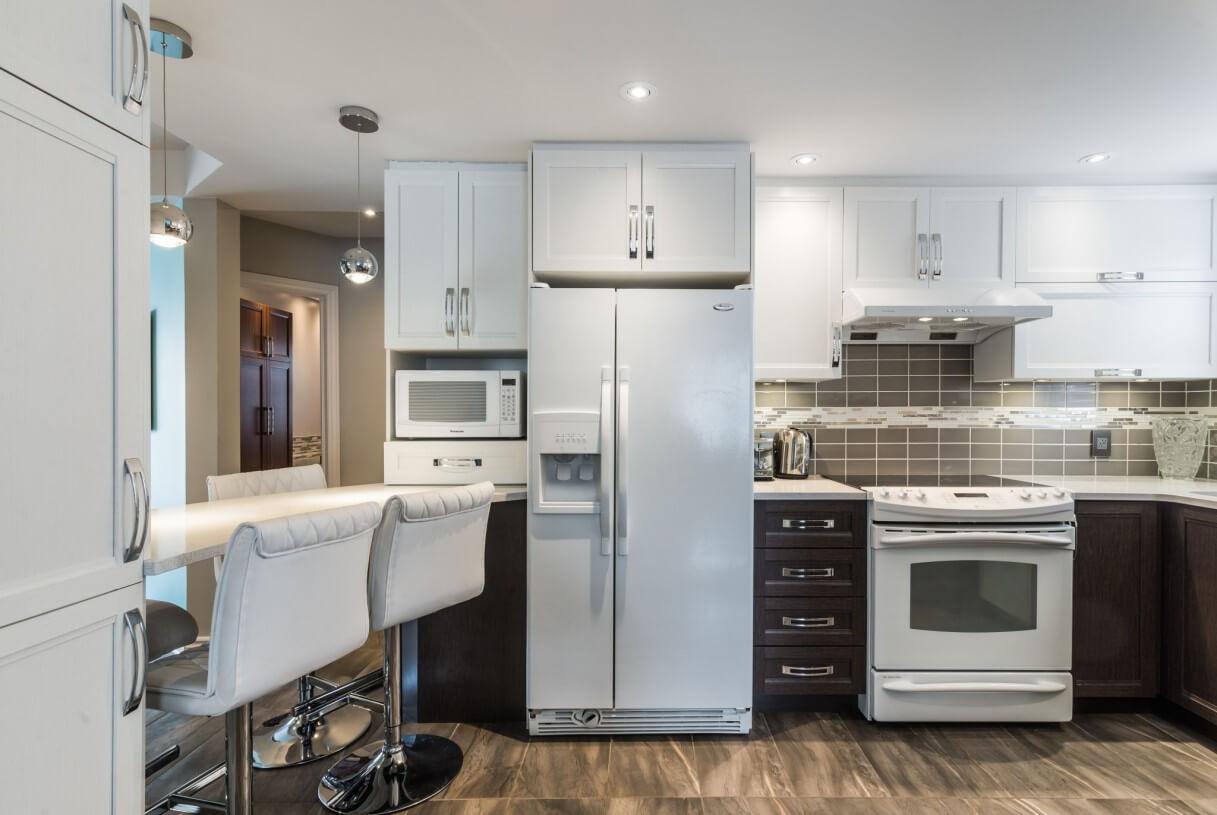 contemporary white cabinets
