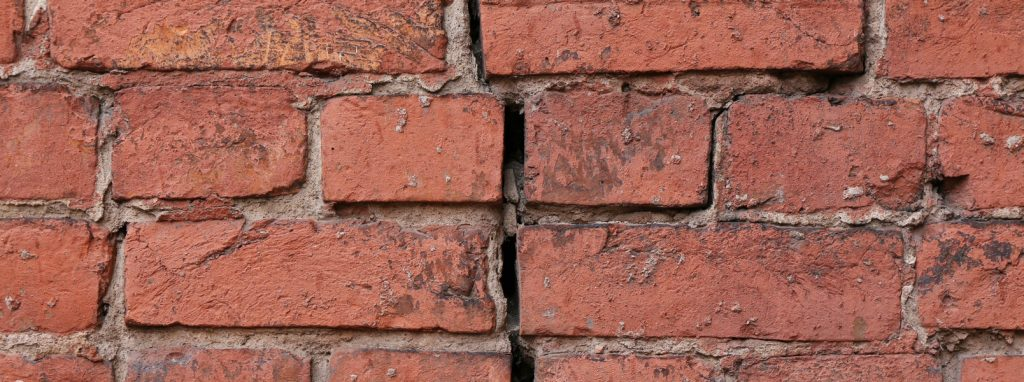 Top 6 Signs You Need Masonry Work Done