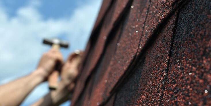 roofer shingles