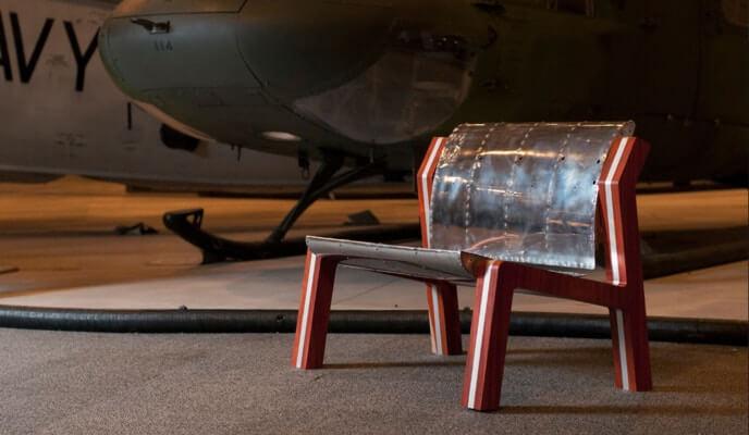 Banc sur mesure fait à partir de pièces d'hélicoptères remises à neuf - Craviations - SIDIM