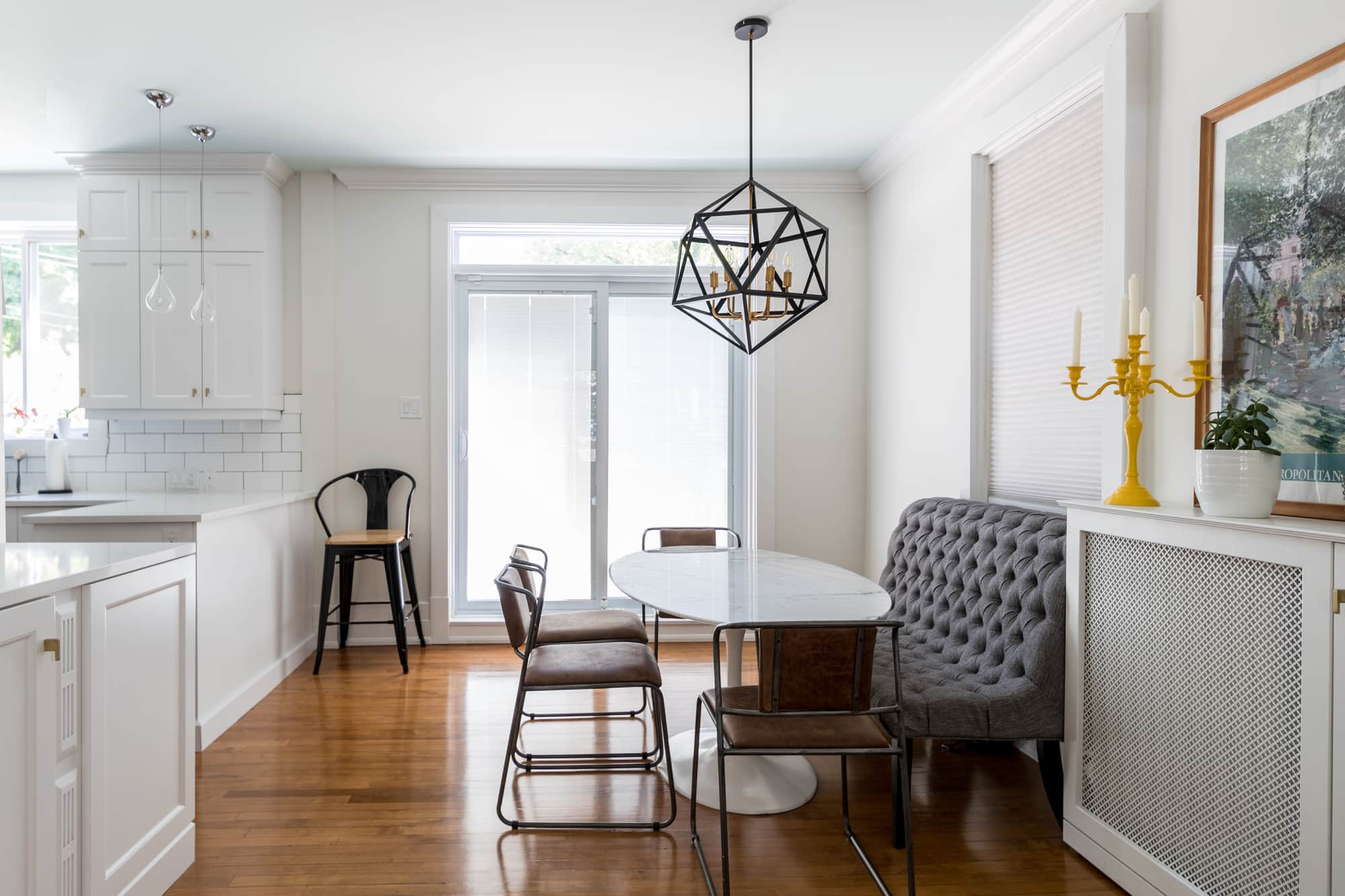 Decor dining room renovation with a marble table