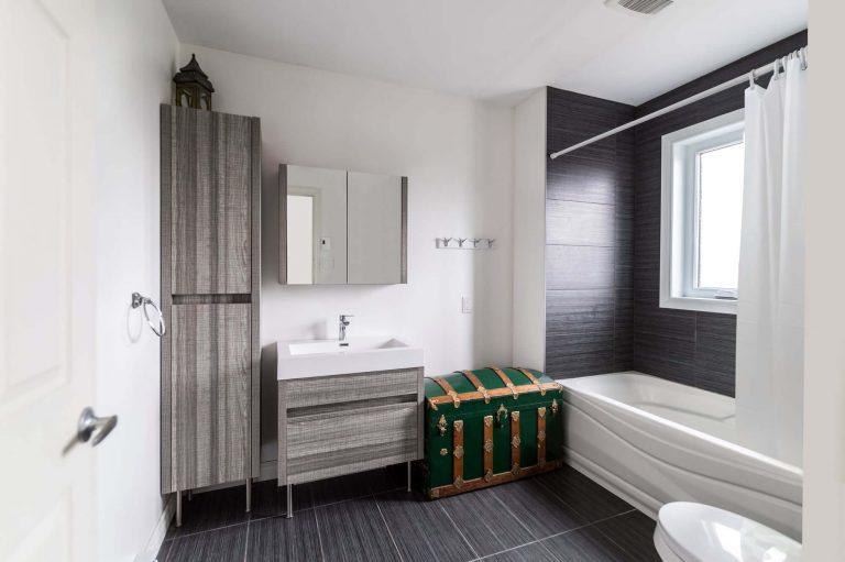 Gilbert | Bi-generation Second Storey Home Addition