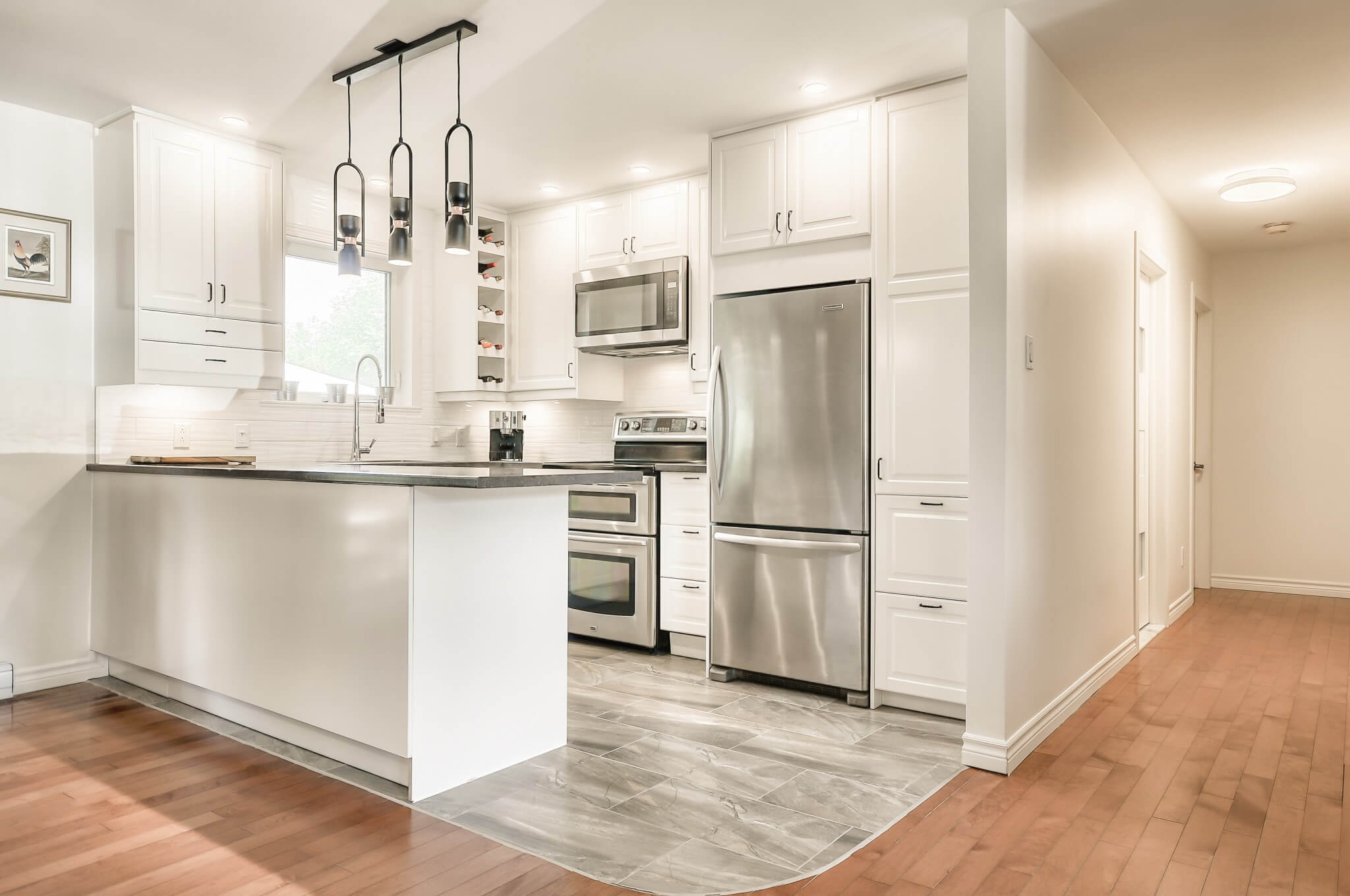 modern_white_kitchen