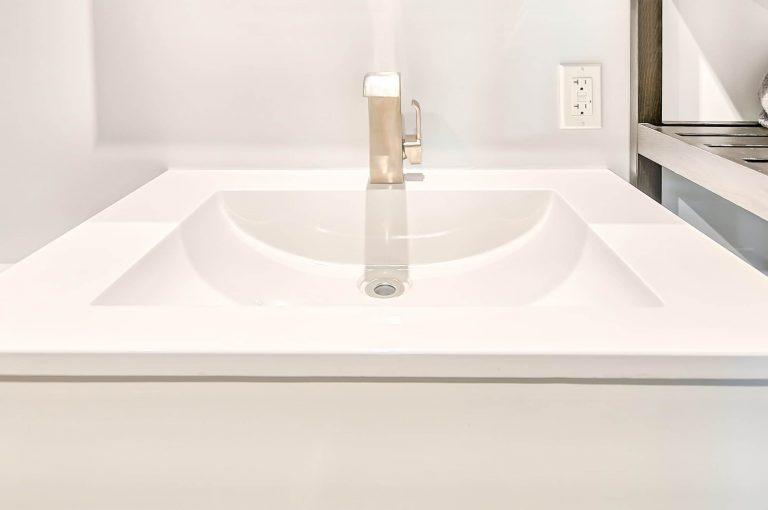 Robbio   Salle de bain au sous-sol