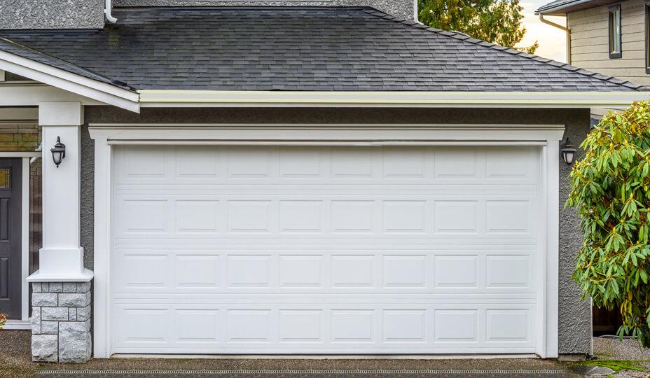 white_garage