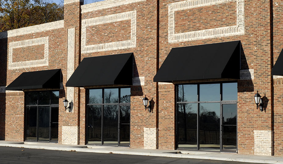magasins-avec-facade-de-briques