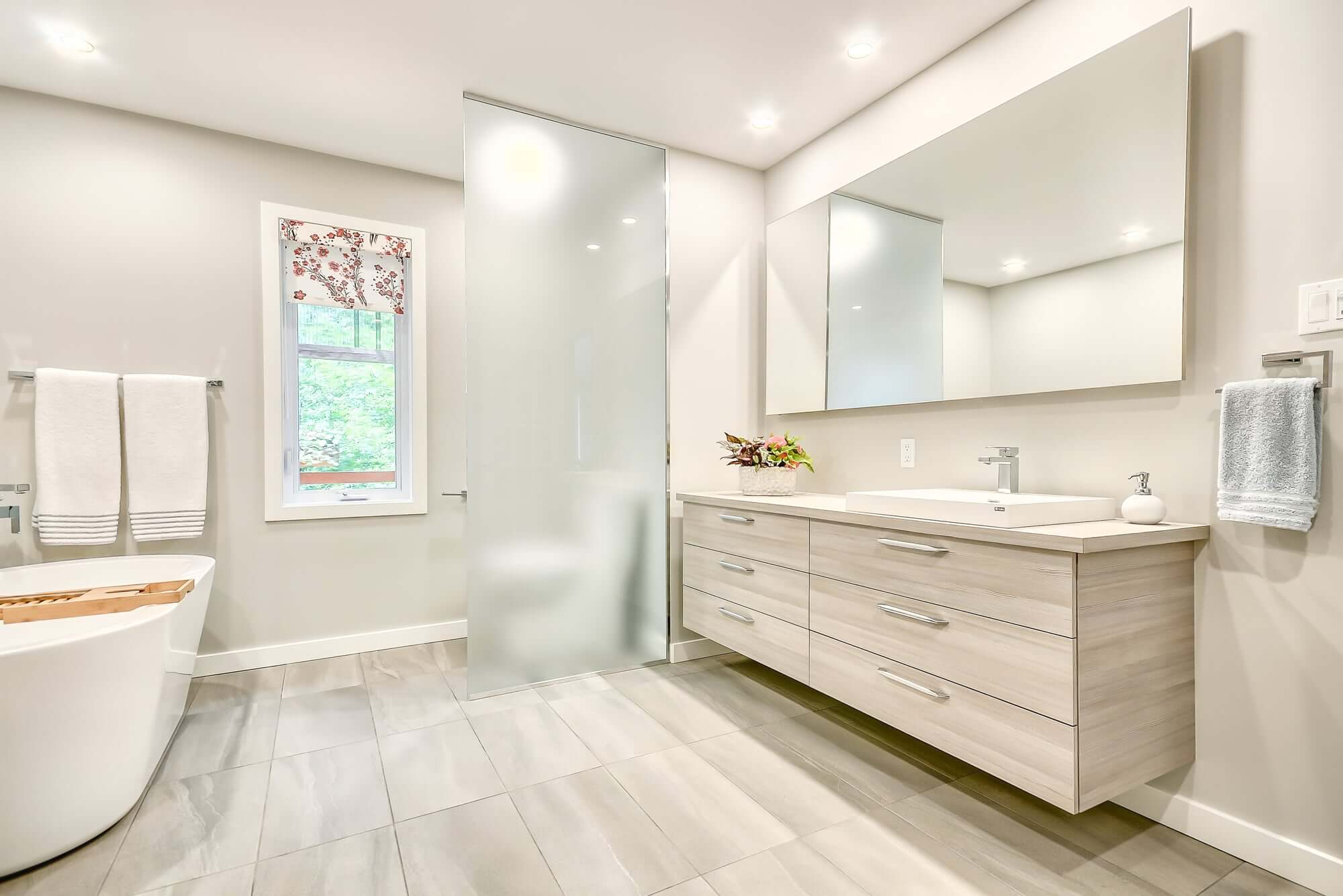 modern bathroom with free standing tub