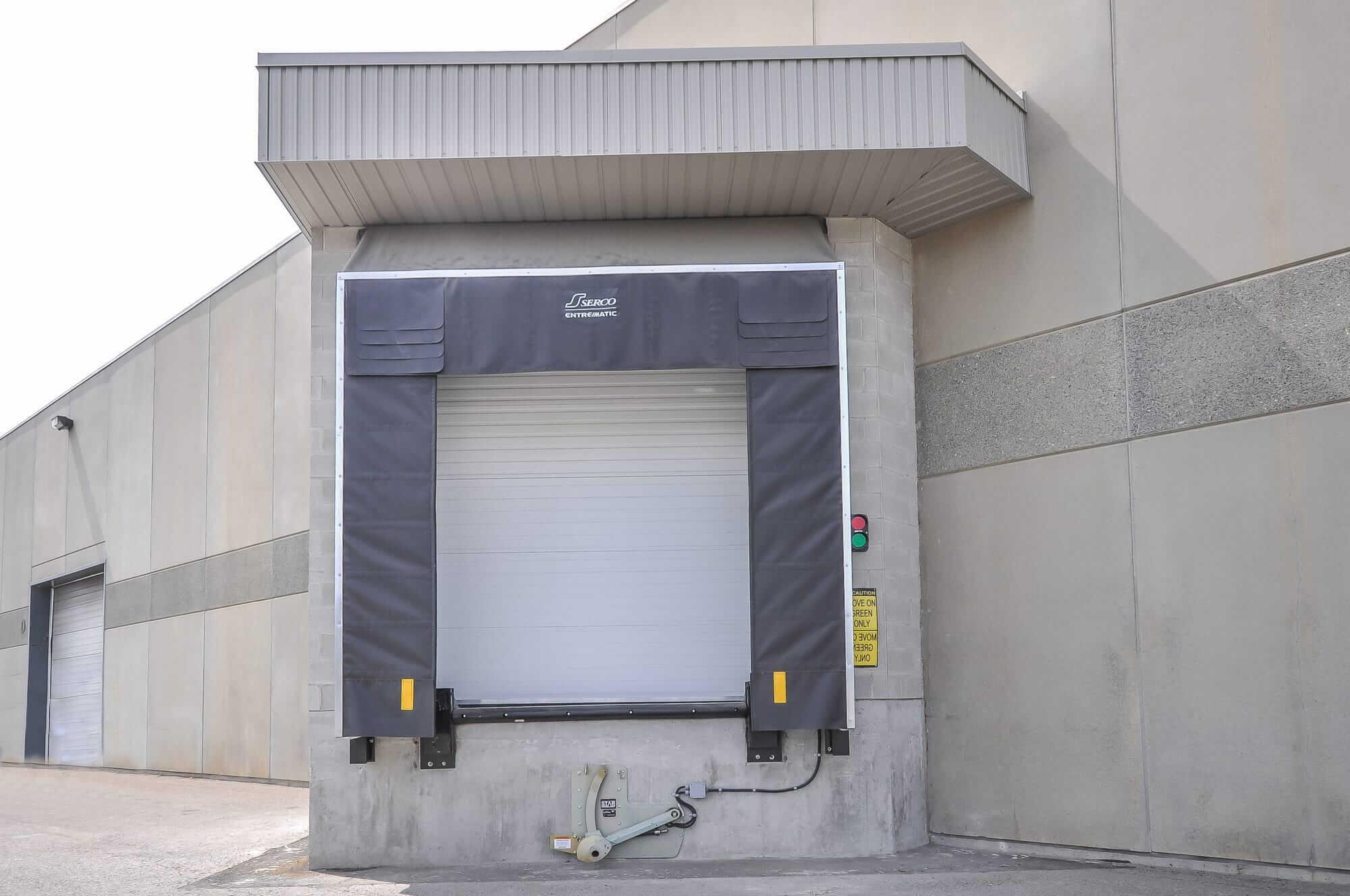 loading dock - Canpar