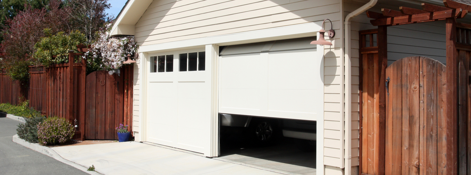 How Much Does It Cost to Add a Garage to Your Home in 2021?