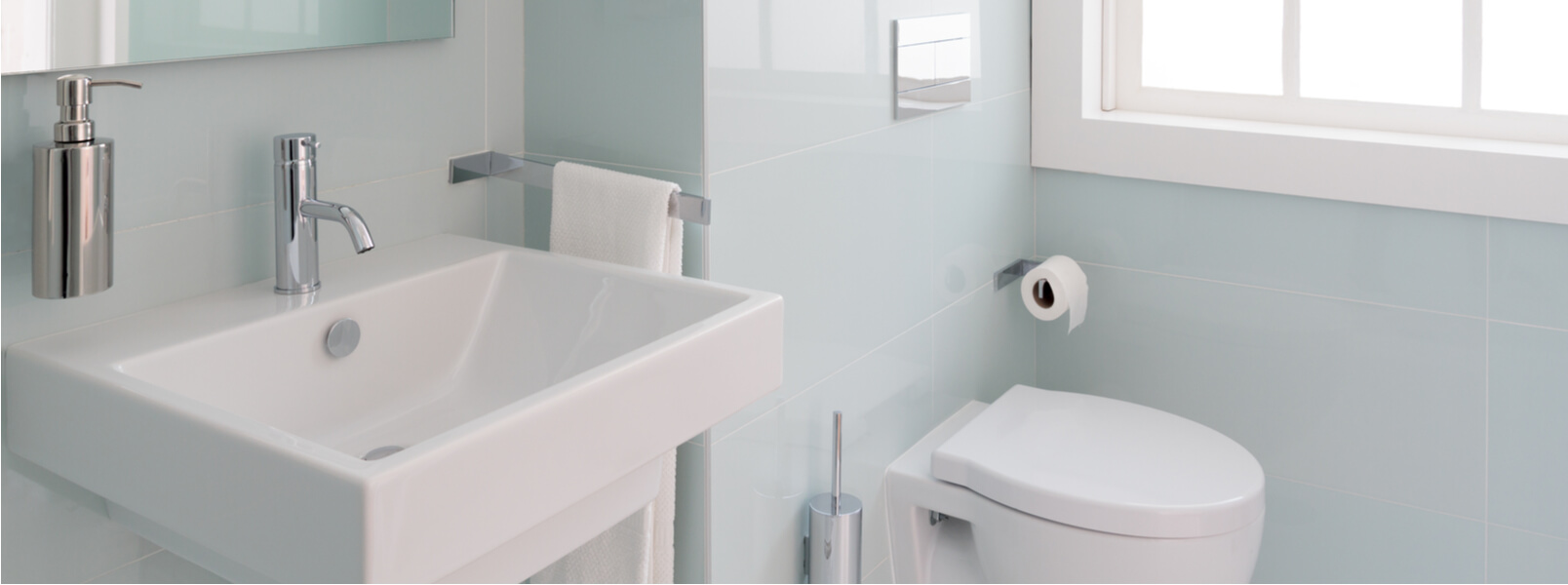 How to Make the Most of Your Small Bathroom