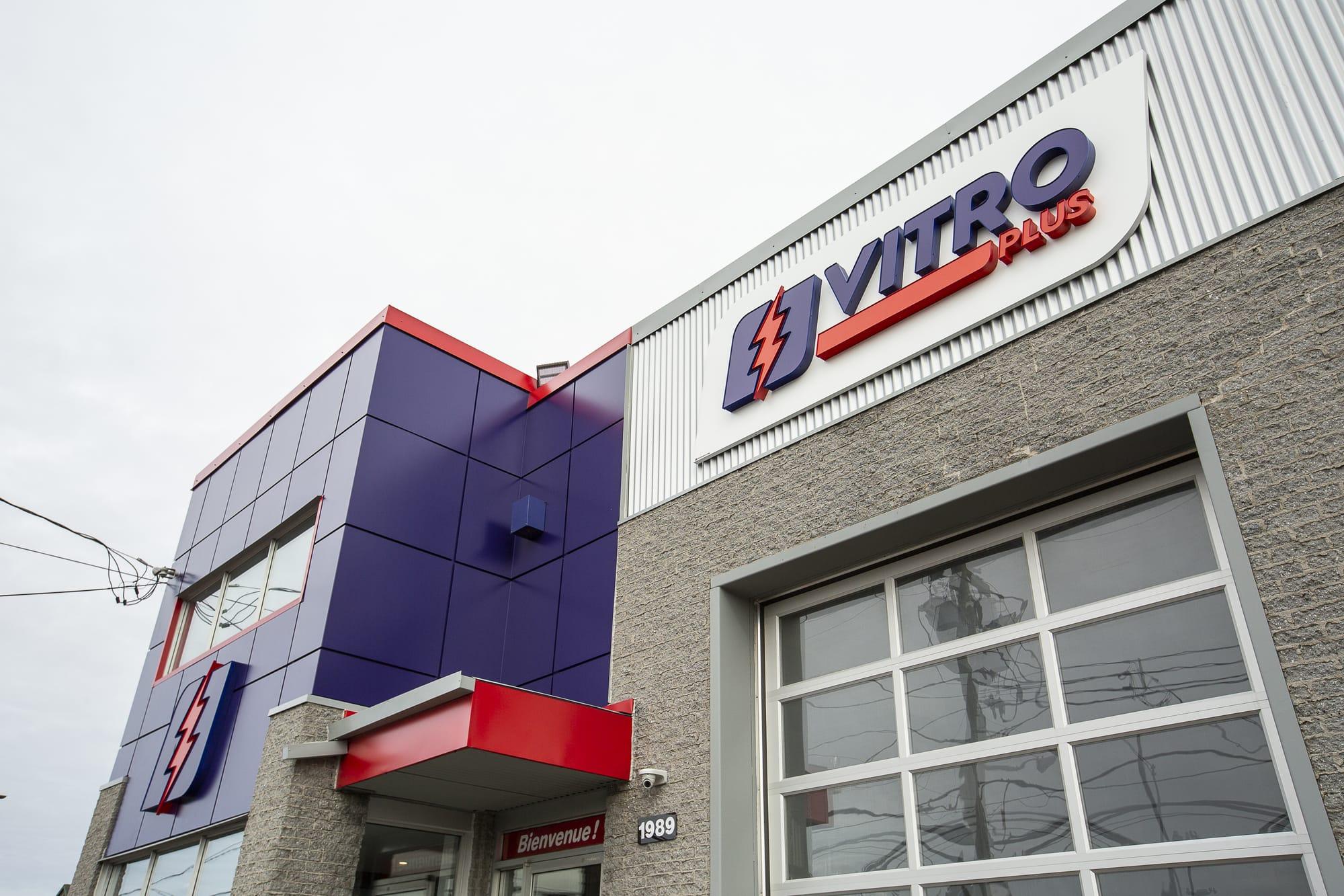 rénovation revêtement extérieur immeuble commercial - Vitro Plus