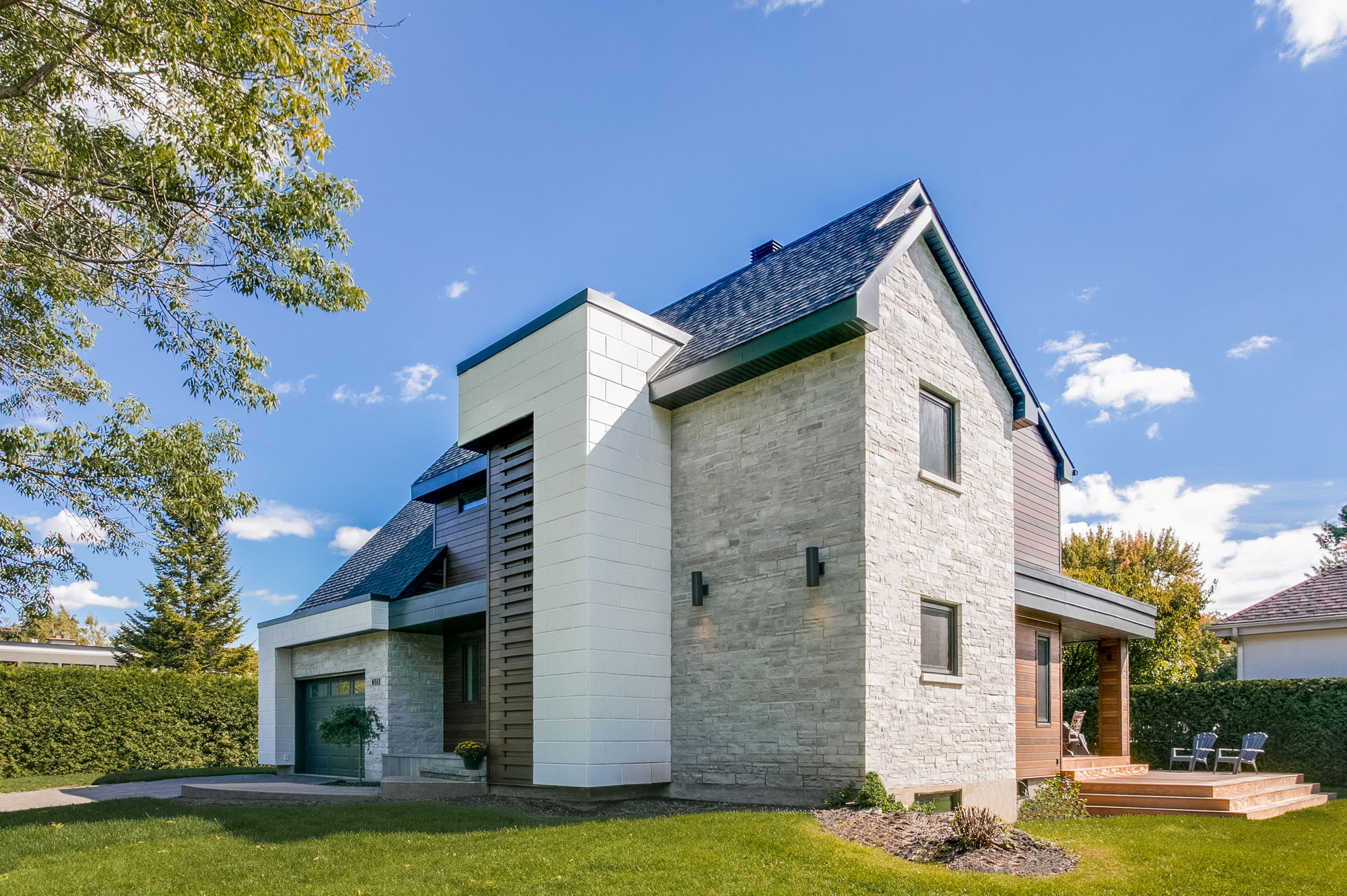 Exterior Siding Options & Costs | For Toronto and Montreal
