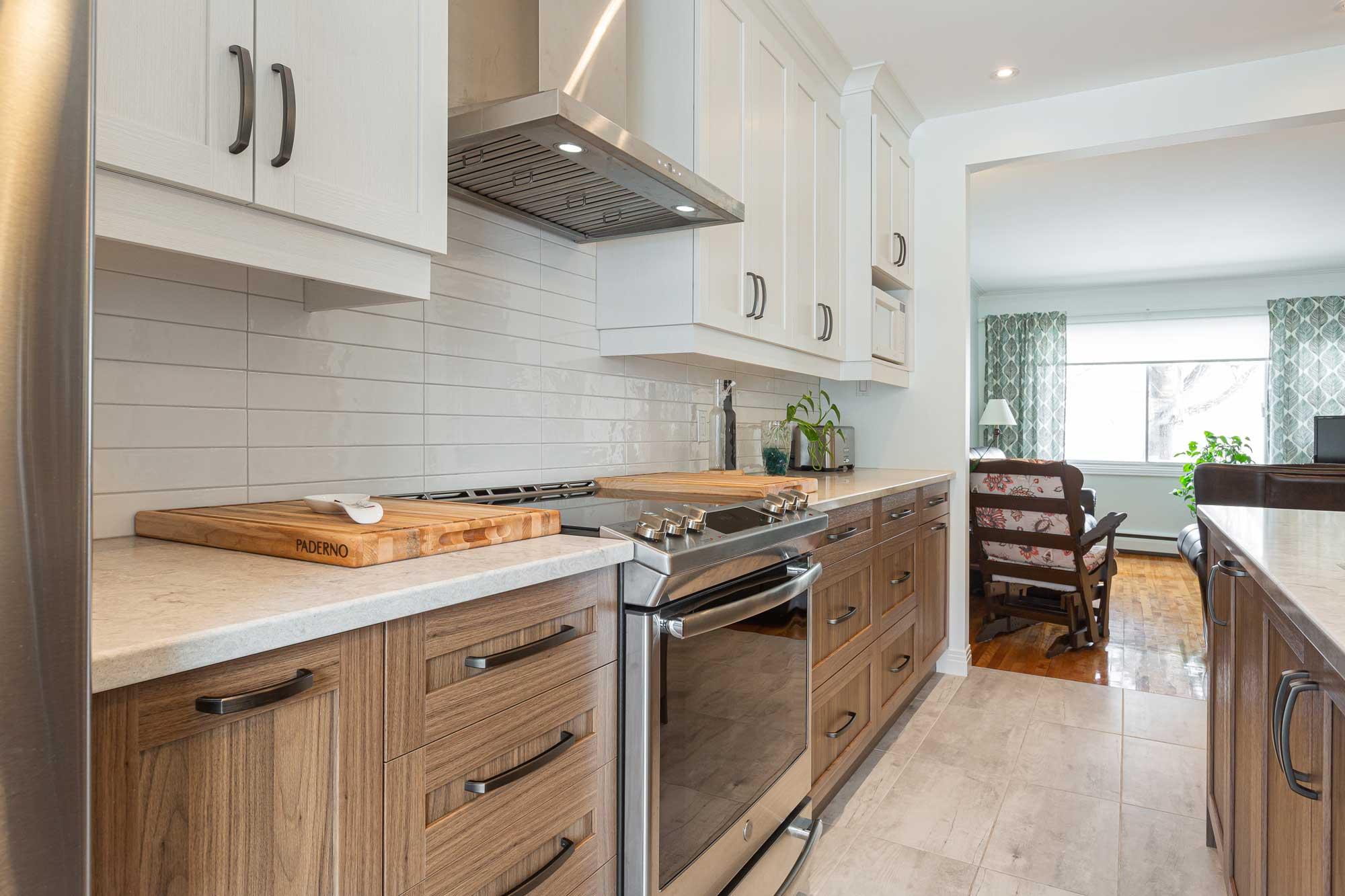 modern kitchen with two tones kitchen