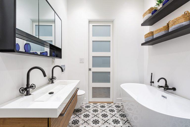 Gaumond | Condo Bathroom